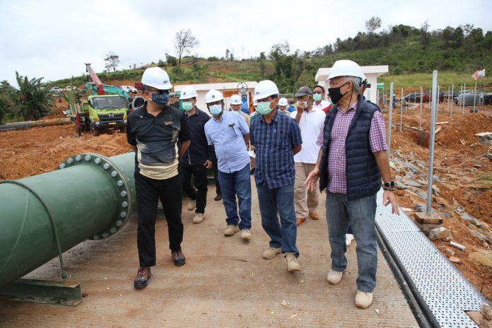 Plh Kepala BP Batam Tinjau Proyek Transmisi Waduk Tembesi, Sabtu (10/10/2020).